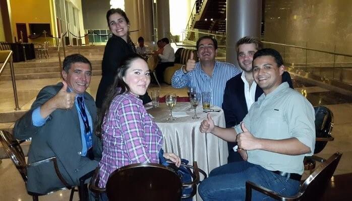 Alfonso Bucero y amigos en Panamá